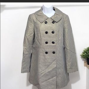 Banana Republic women's trench coat size M